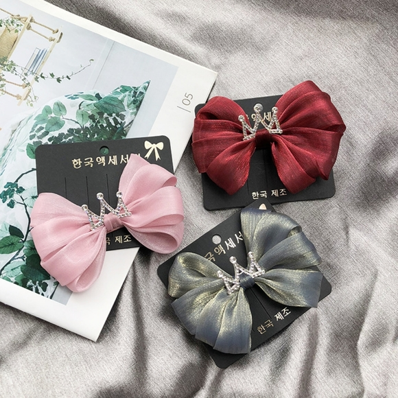 Other - 5-piece girl hair clip set